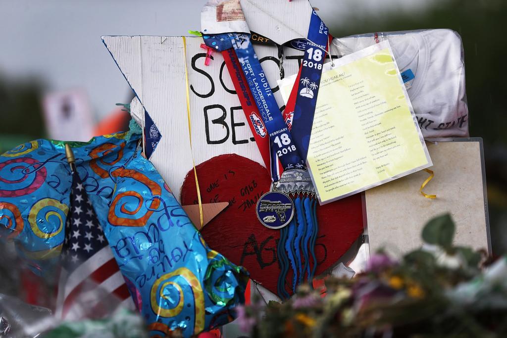 Image: Memorial Honors Those Killed in Florida School Shooting