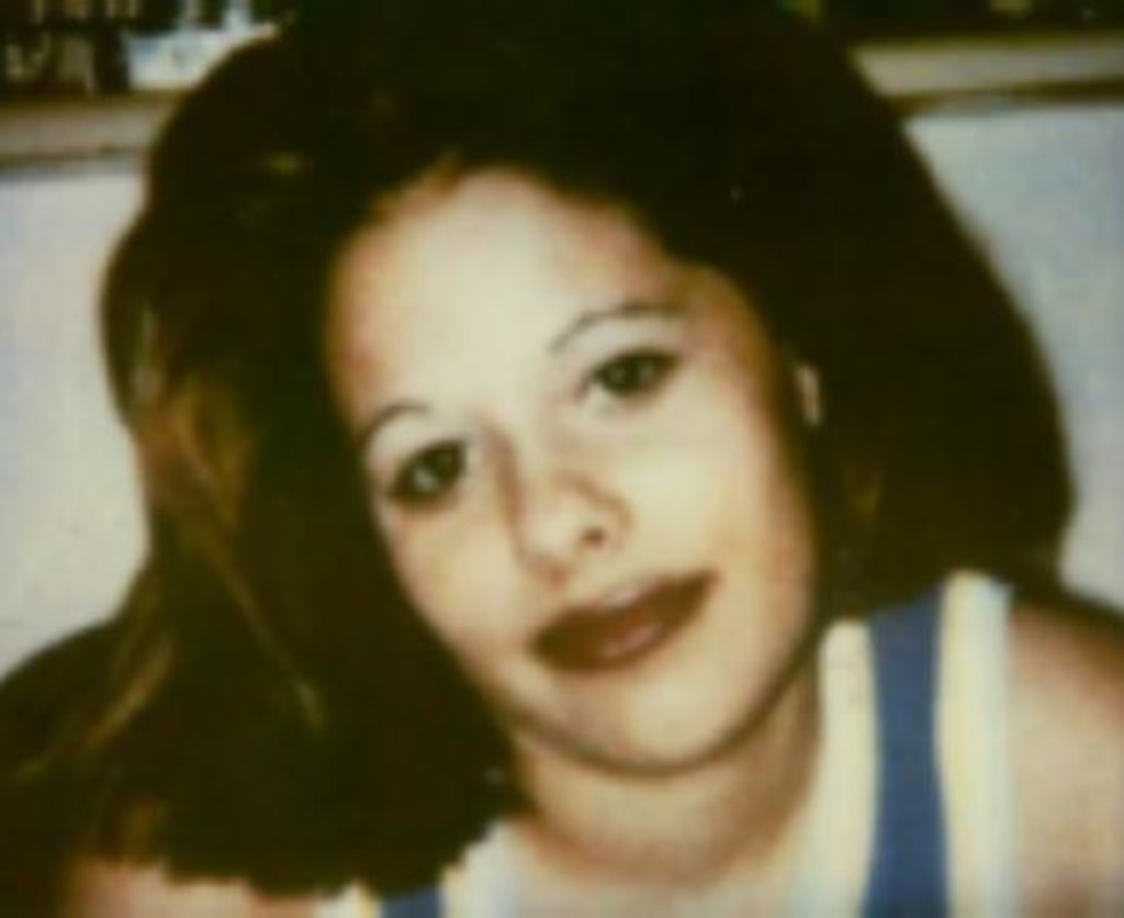 Cold case detectives re-open murder case of Texas teen Sonya