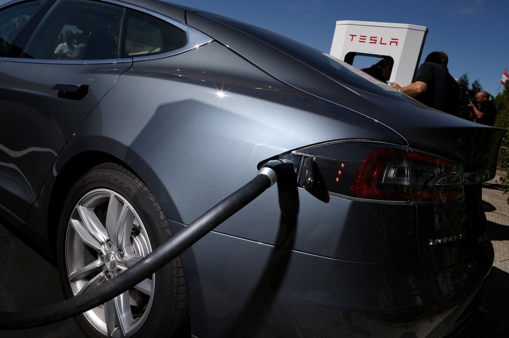 Fremont Ca August 16 A Tesla Model S Sedan Is Seen Plugged Into