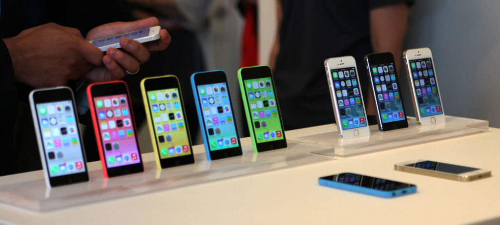 The iPhone 5C and 5S models lined up