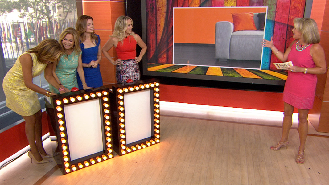 Playing House\' stars tackle a colorful home design quiz - NBC News