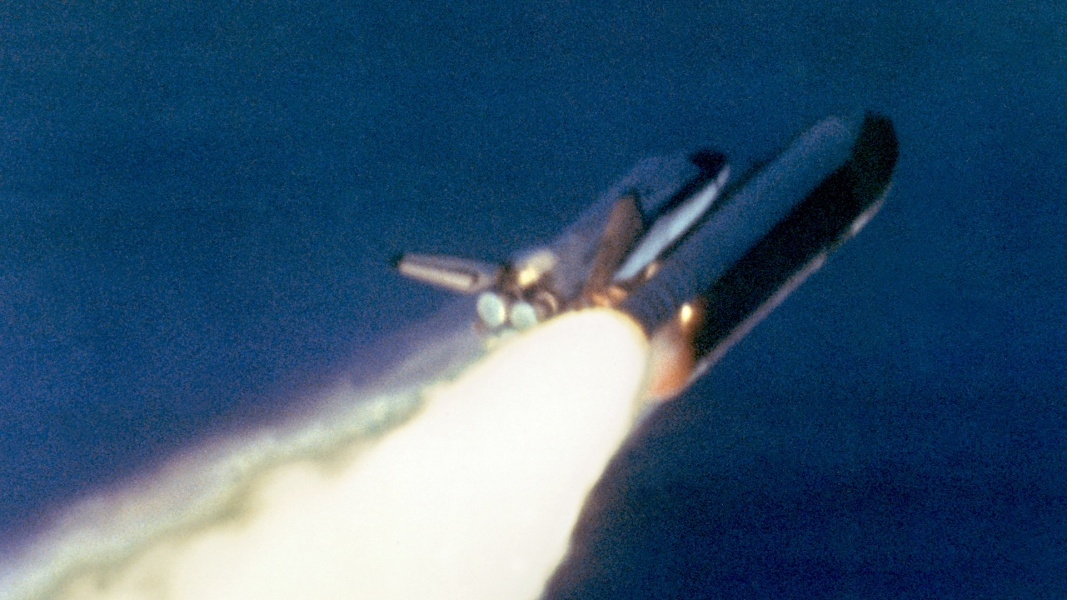 space shuttle challenger news report - photo #16