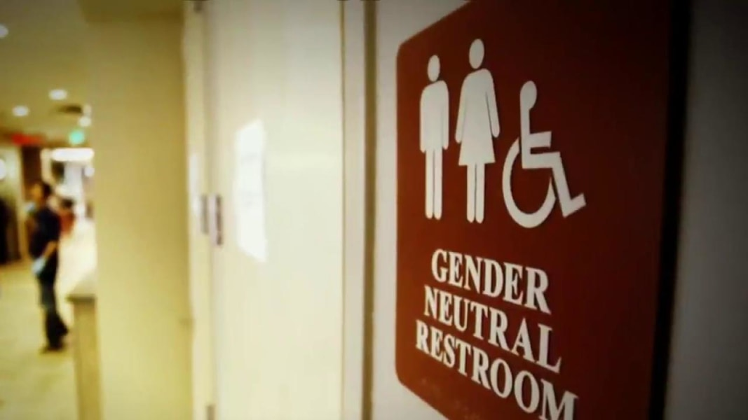 Obama administration to give schools guidance on transgender bathroom use nbc news Transgender bathroom law in schools