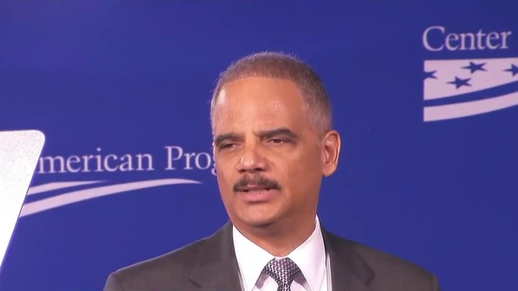 The 66-year old son of father Eric Himpton Holder, Sr and mother Miriam Holder, 179 cm tall Eric Holder in 2017 photo