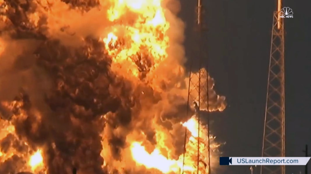 facebook twitter embed watch spacex rocket explode