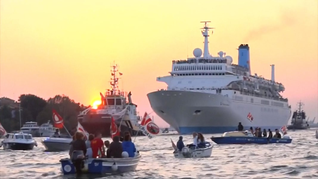 Raucous Protesters Confront Venice Cruise Ship - NBC News