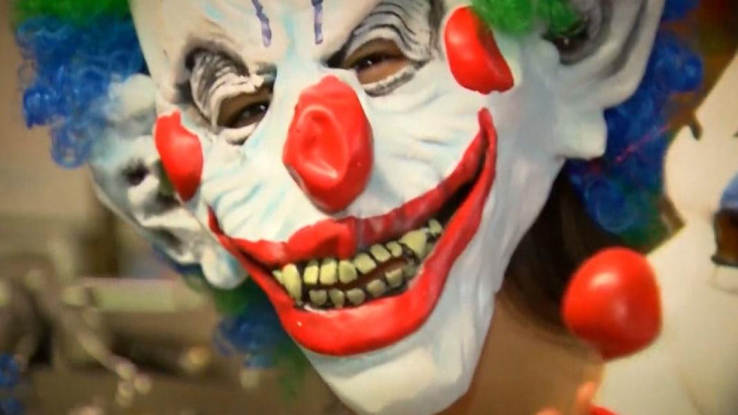 Clown Costumes Still in big Demand for Halloween - NBC News