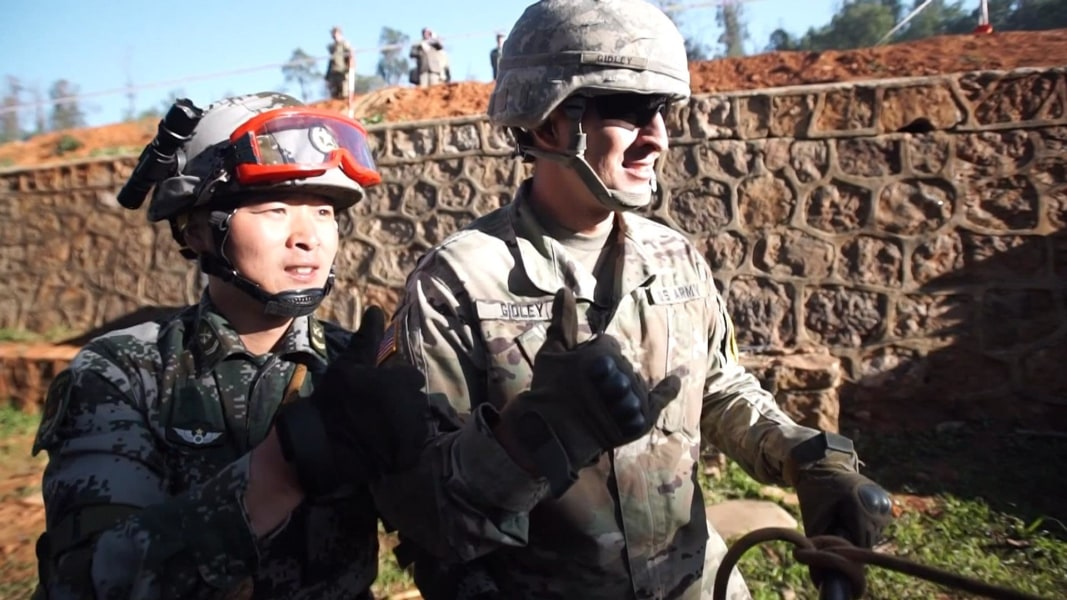 u s   chinese troops find common ground during disaster