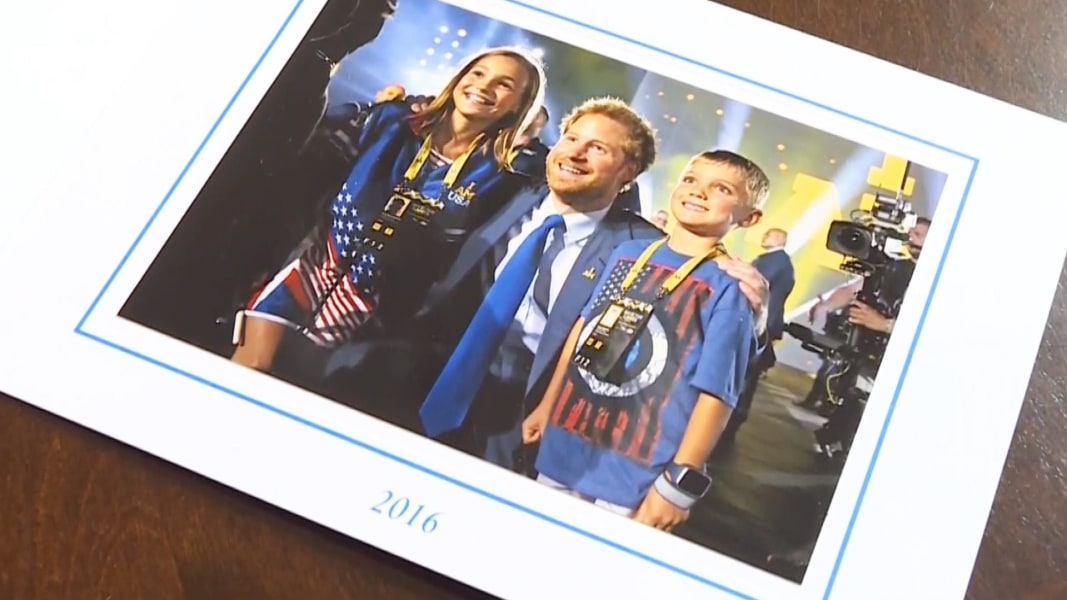 Prince Harry's Christmas Card Features US Veteran's Children - NBC ...