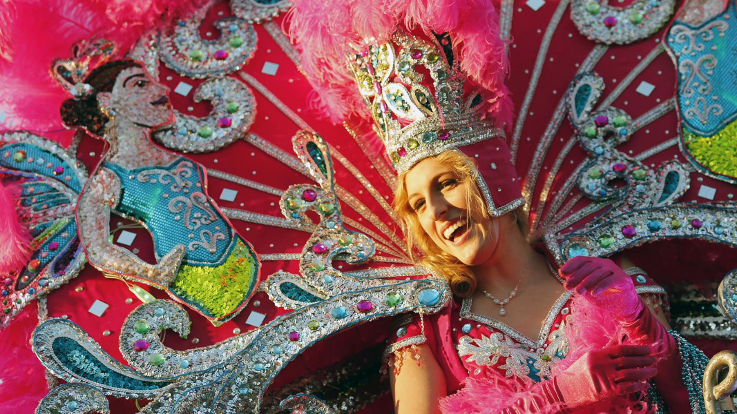 a history of the celebration mardi gras in new orleans louisiana Mardi gras in new orleans is celebrated  with a holiday celebration than is new orleans with mardi  gras in new orleans: an illustrated history.