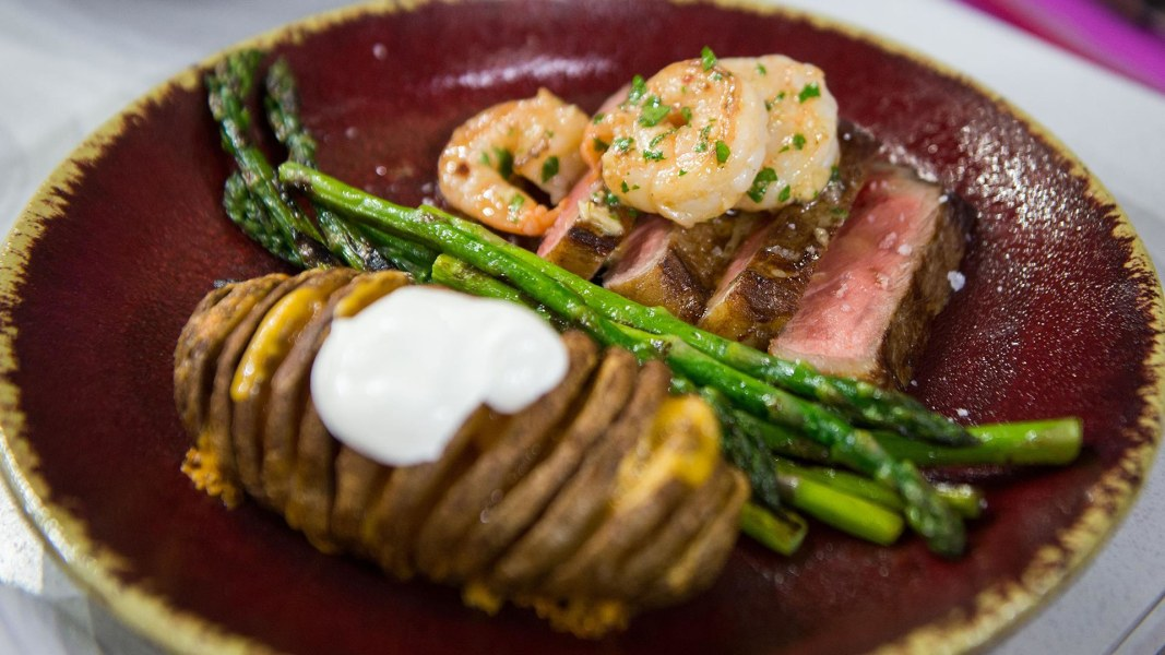 Surf And Turf Dinner Party Ideas Part - 42: Surf And Turf For Two: Make This Meal For Valentineu0027s Day