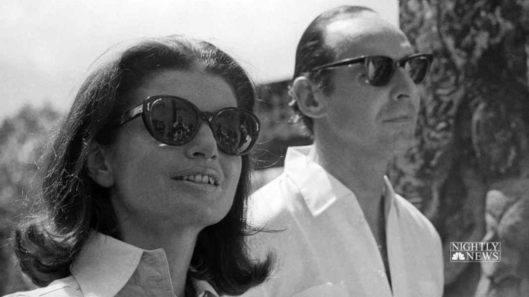 Love letters between jackie onassis and british ambassador for Jackie kennedy movie