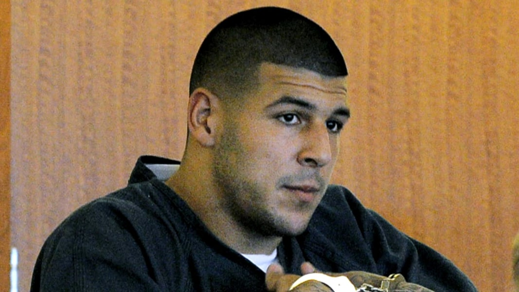 Hernandez's Fiancee Files Injunction to Preserve Evidence in Death