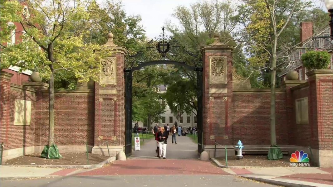 2017 06 05t23 11 01 133z 1280x720.nbcnews ux 1080 600 harvard revokes admission of several students for posting,Harvard Memes Facebook