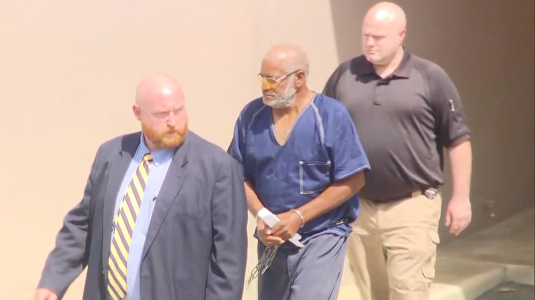 Trucker charged with 10 deaths in immigrant-smuggling case