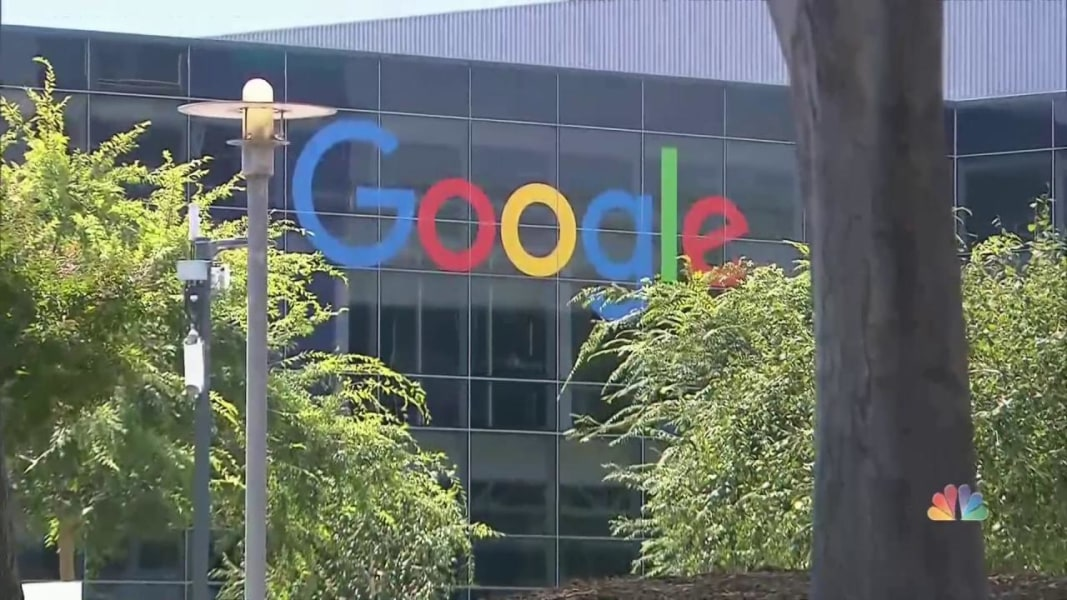 google hit with job discrimination lawsuit Google hit with new lawsuit alleging gender-based wage discrimination job levels and promotions are determined through rigorous hiring and.