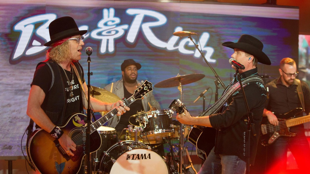 watch country stars big and rich perform california live. Black Bedroom Furniture Sets. Home Design Ideas