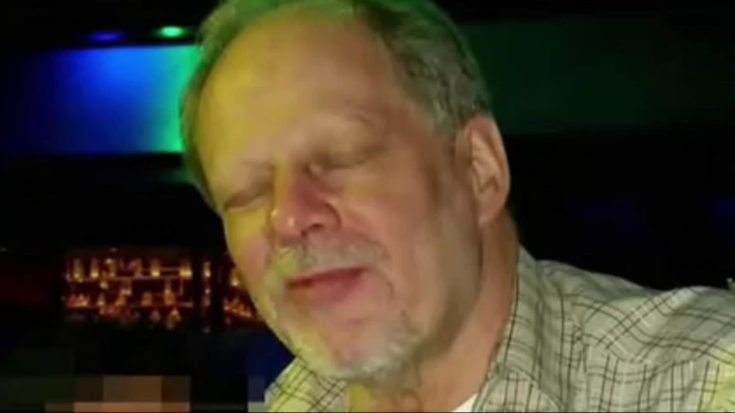 https://www.nbcnews.com/storyline/las-vegas-shooting/stephen-paddock-las-vegas-shooting-suspect-identified-n806471