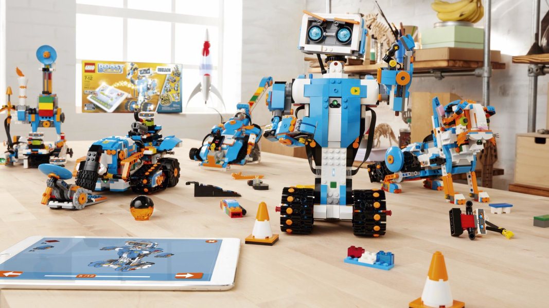 A Robotics Set That Lets Kids Bring Their Lego Creations To Life