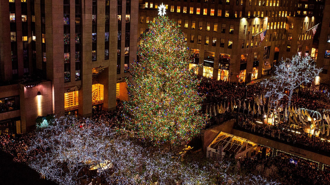 From backyard to concrete jungle: Journey of the 30 Rock Christmas ...