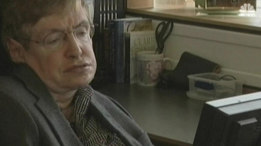 British physicist Stephen Hawking, among world's greatest ... Stephen Hawking Dies