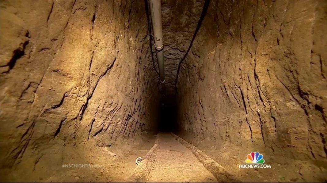 new look at  u2018el chapo u2019 prison tunnel