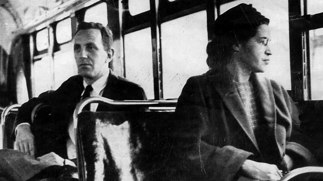 http://media2.s-nbcnews.com/j/msnbc/components/video/__new/a_blk_flahsback_rosaparks_151201.nbcnews-ux-1080-600.jpg