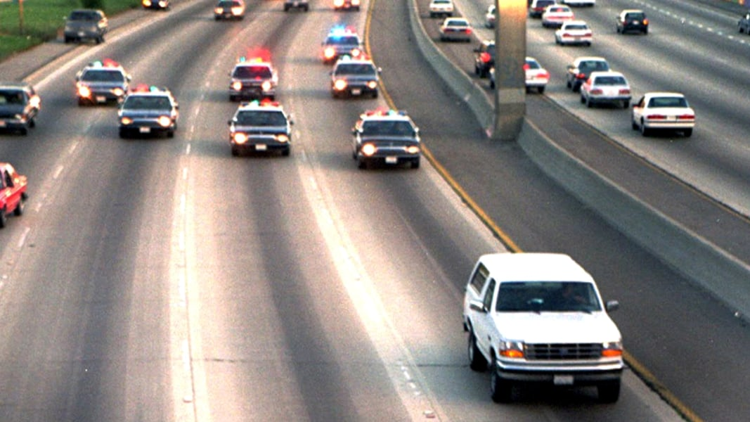 o j  simpson u0026 39 s bronco chase   u0026 39 theater of the absurd u0026 39