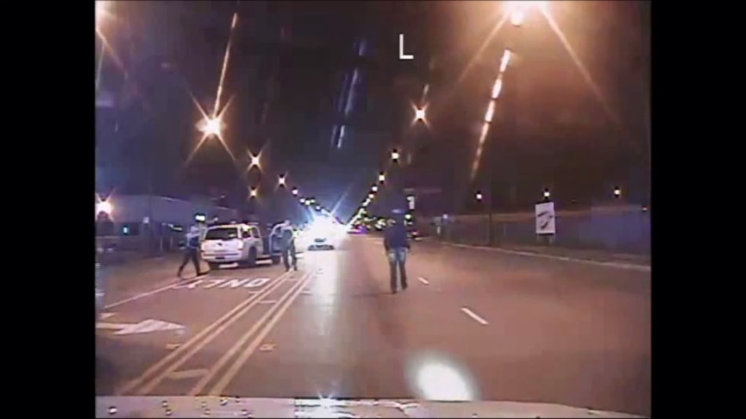 Protesters Block Chicago Streets Over Video of Laquan ...