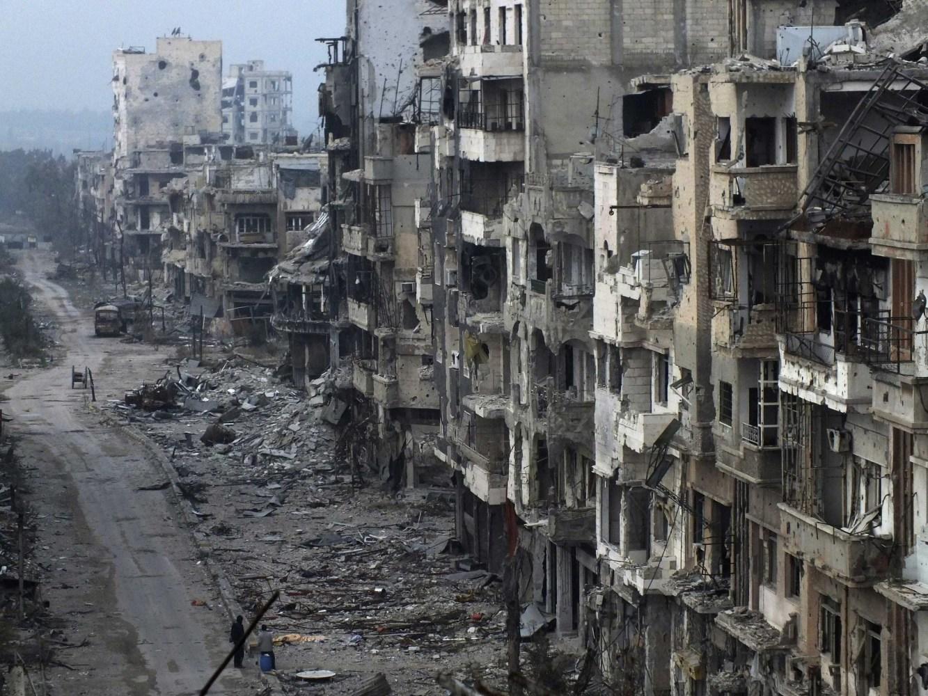 Aid Convoy Stuck Outside Besieged Homs as Syria Talks Stall NBC News