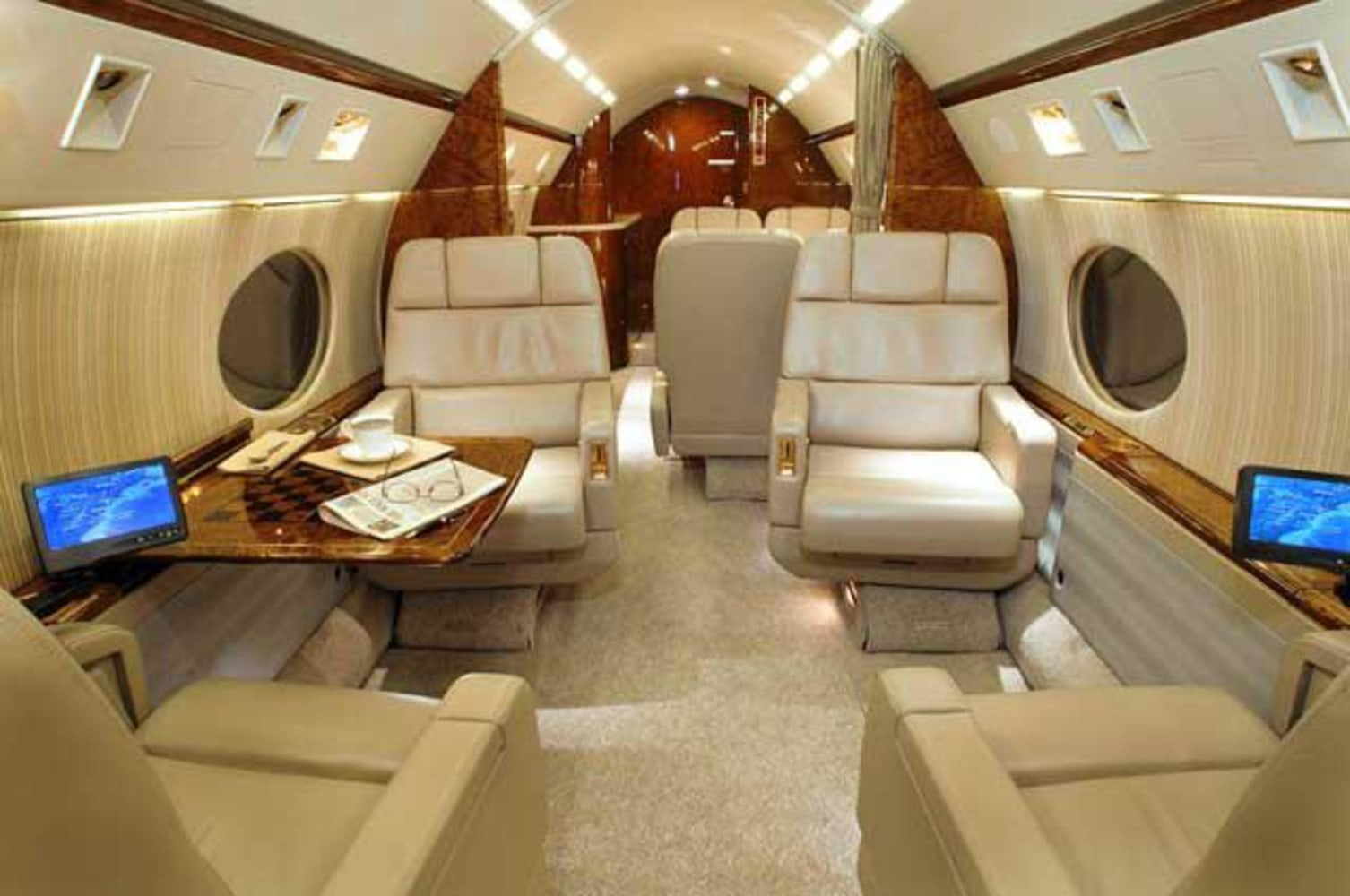 Gallery For Gt Inside Justin Biebers Private Jet
