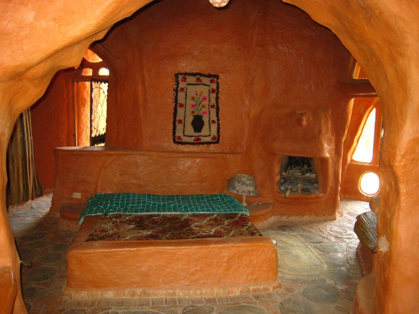 Flintstones House Made Entirely Of Clay Attracts