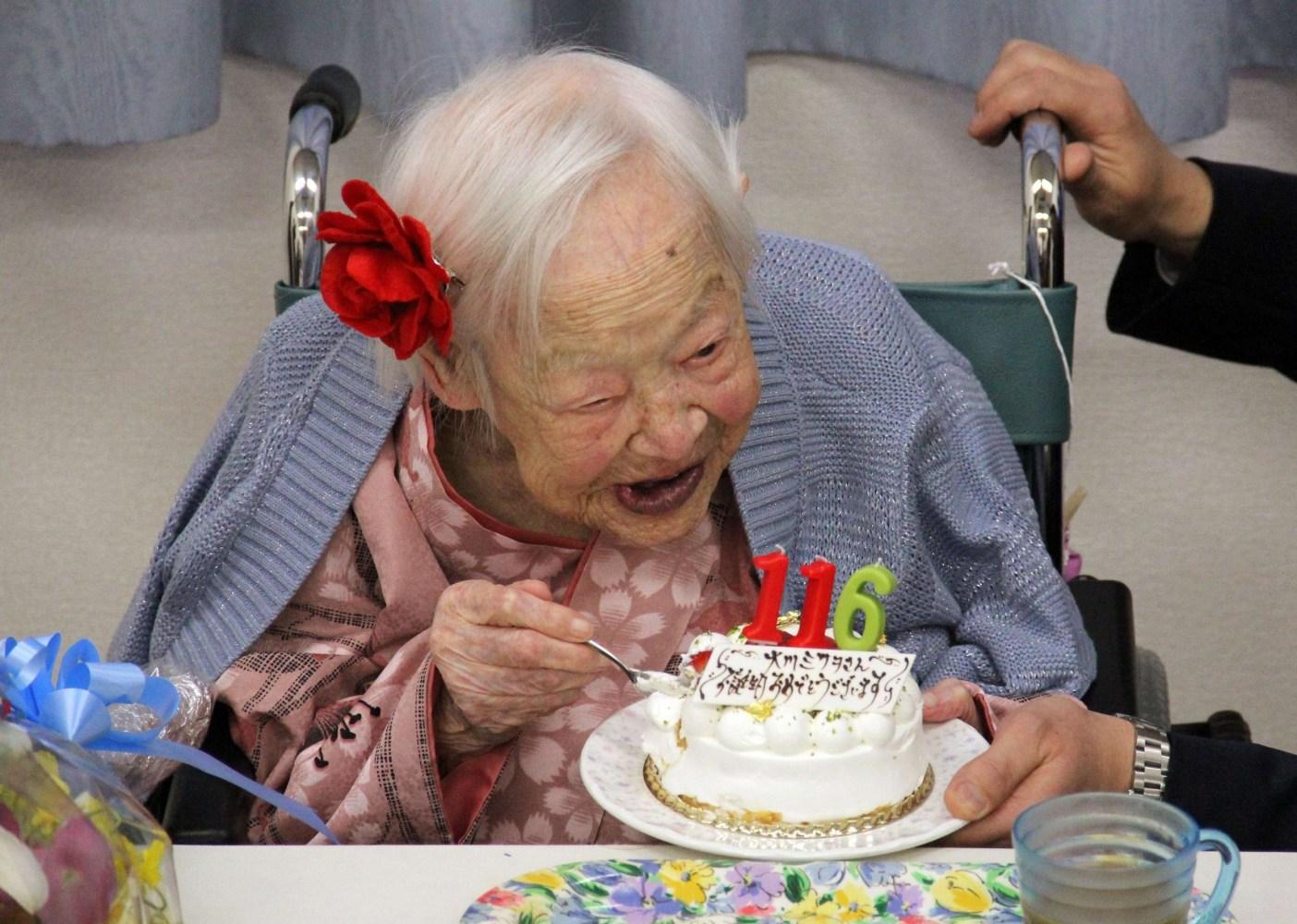 Поздравления с днем рождения старому человеку в прозе