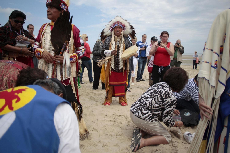 Comanche Indians Honor D-Day Code-Talkers - NBC News