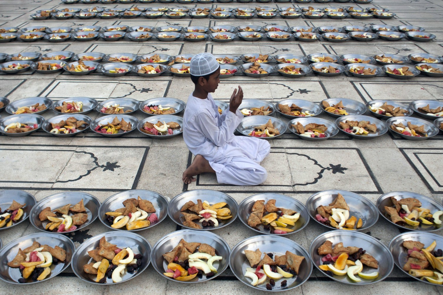 Can Muslims Drink Water While Fasting