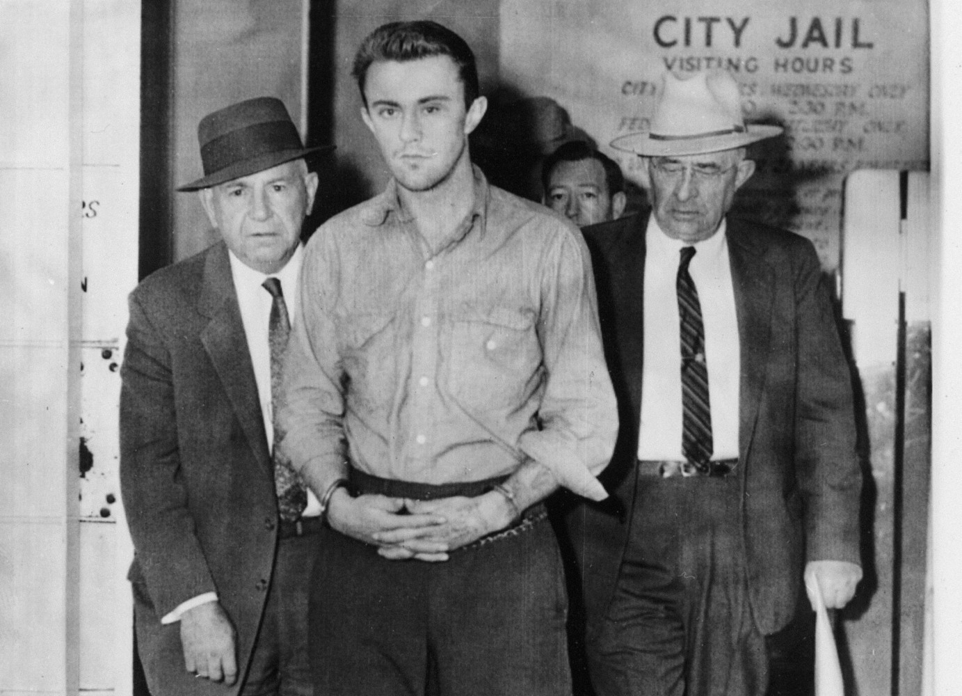 the prosecution of smith and hickock essay A murderer or mentally ill in cold blood capote has persuasively justified perry smith while presenting richard hickock as a selfish and cold hearted person.