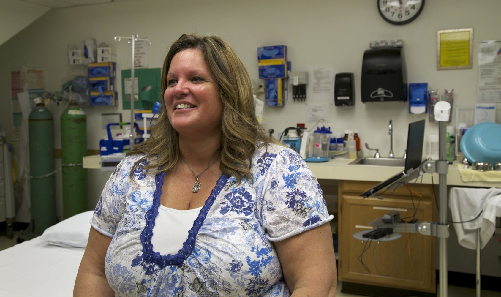 Montana mccone county circle - Nancy Rosaaen The Ceo Of The Mccone County Health Center Sits In The County S One Bed Emergency Room In Circle Mont For Years This Town Had A Single