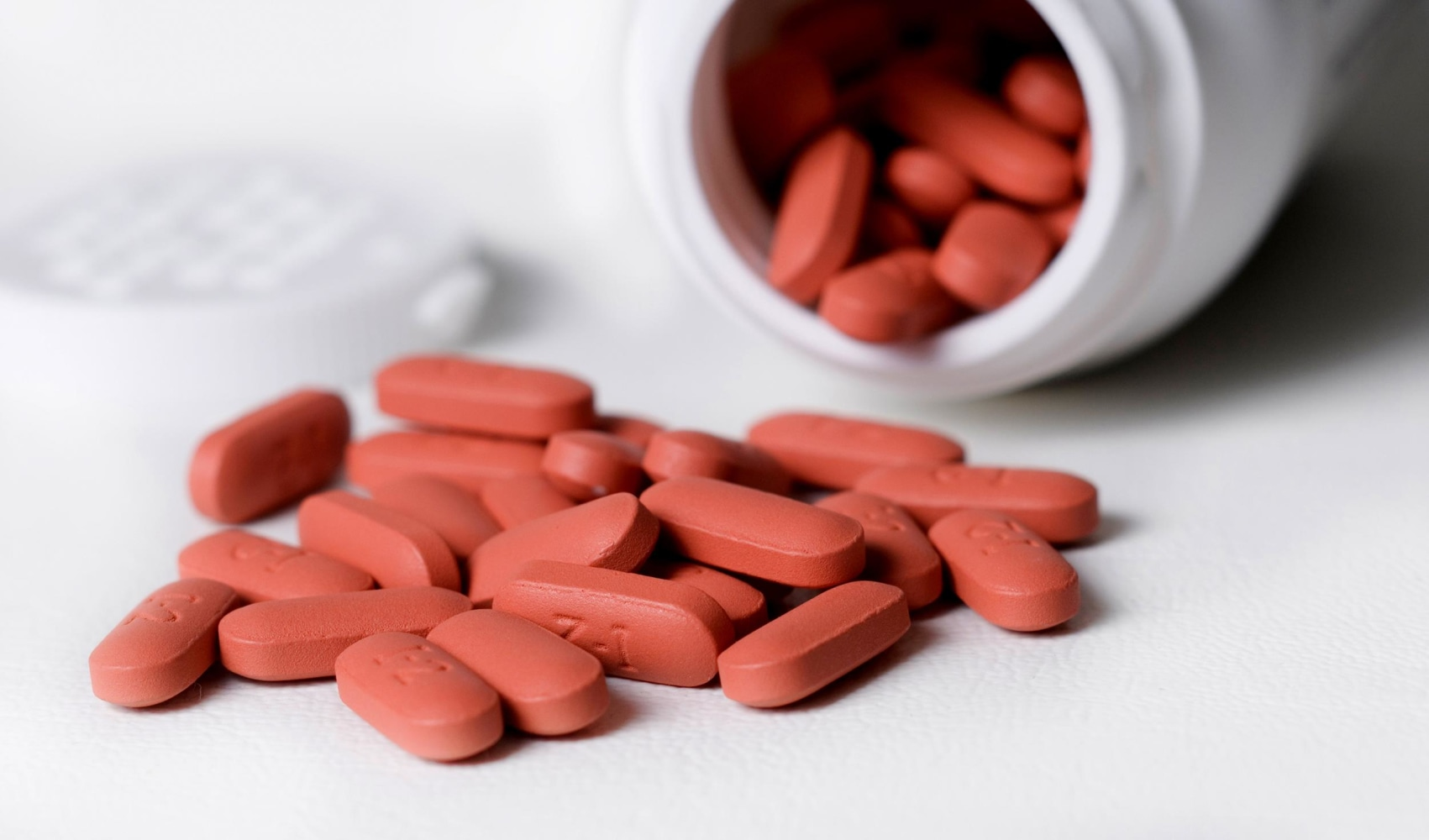 Ibuprofen Can Up Heart Attack Risk