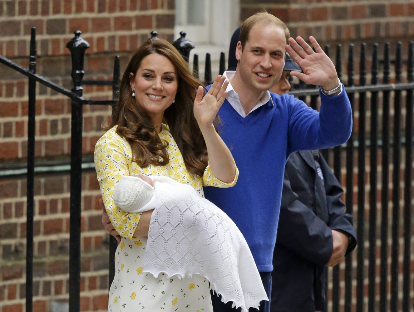 William And Kate Residence Kate And William Leave Hospital With New Baby Girl Nbc News