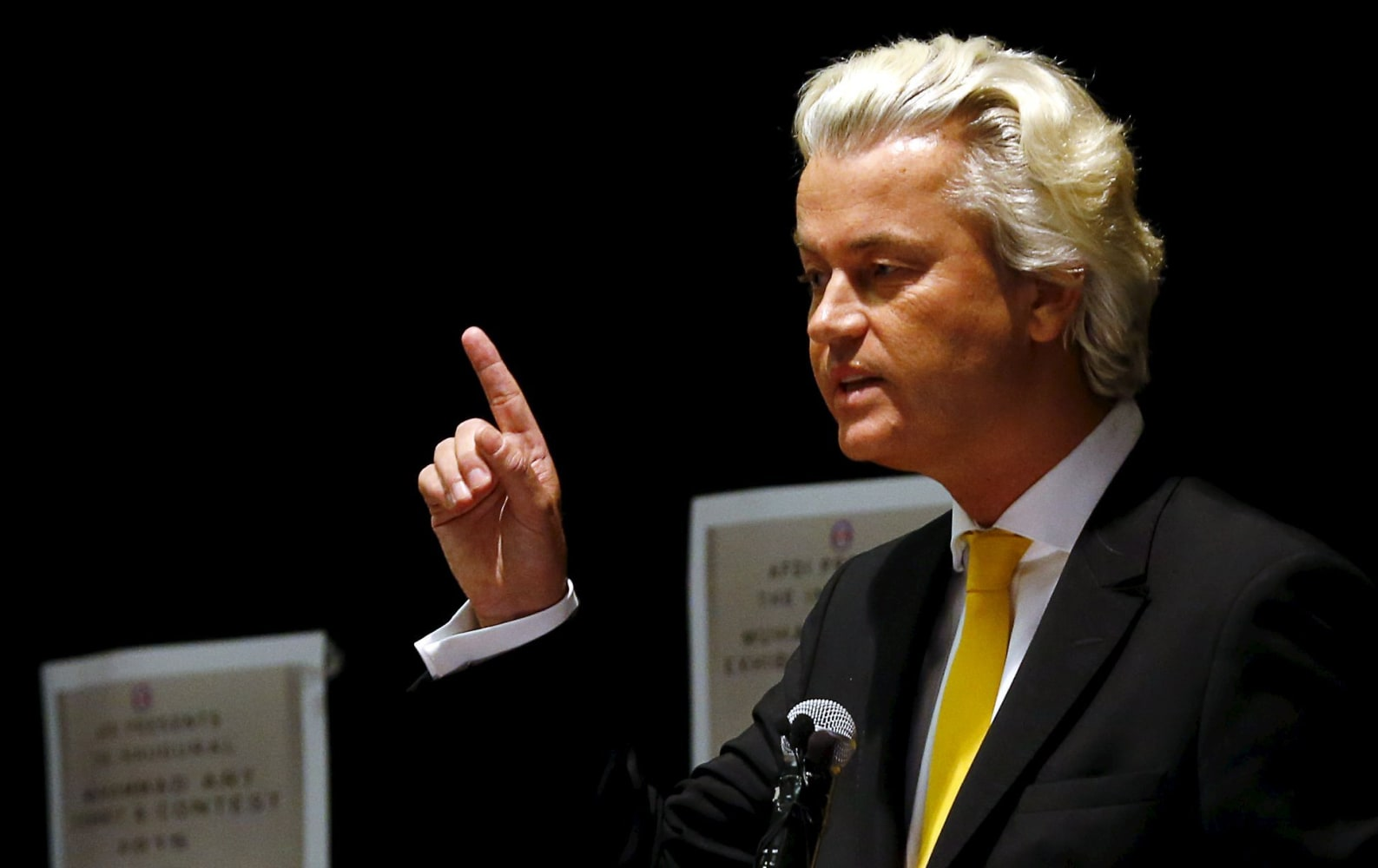 Don't vote for 'fascists' in Dutch election