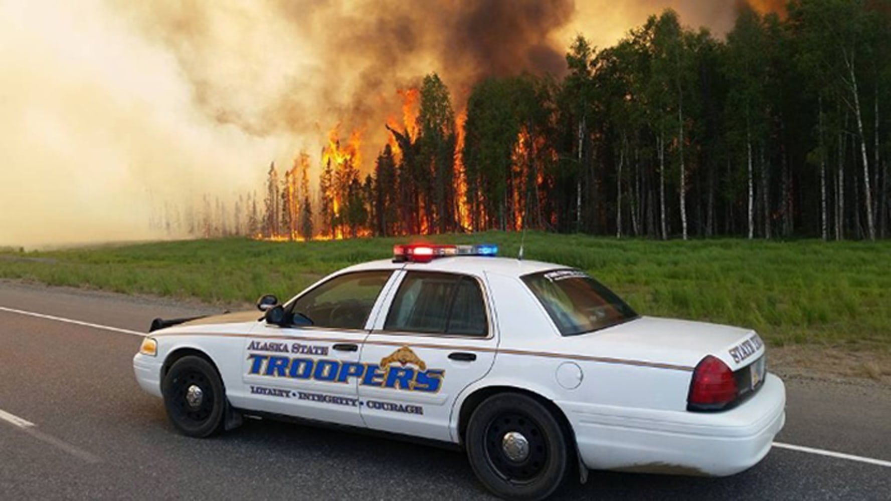 Crews from lower 48 race to rampaging wildfire near for Department of motor vehicles anchorage alaska