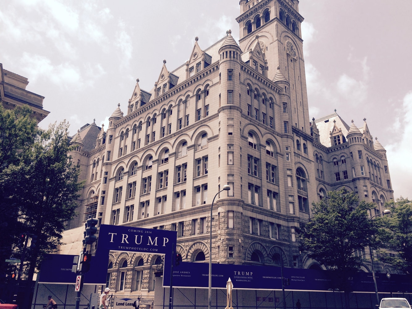 Workers Building Trump Hotel Present Different Immigrant ...