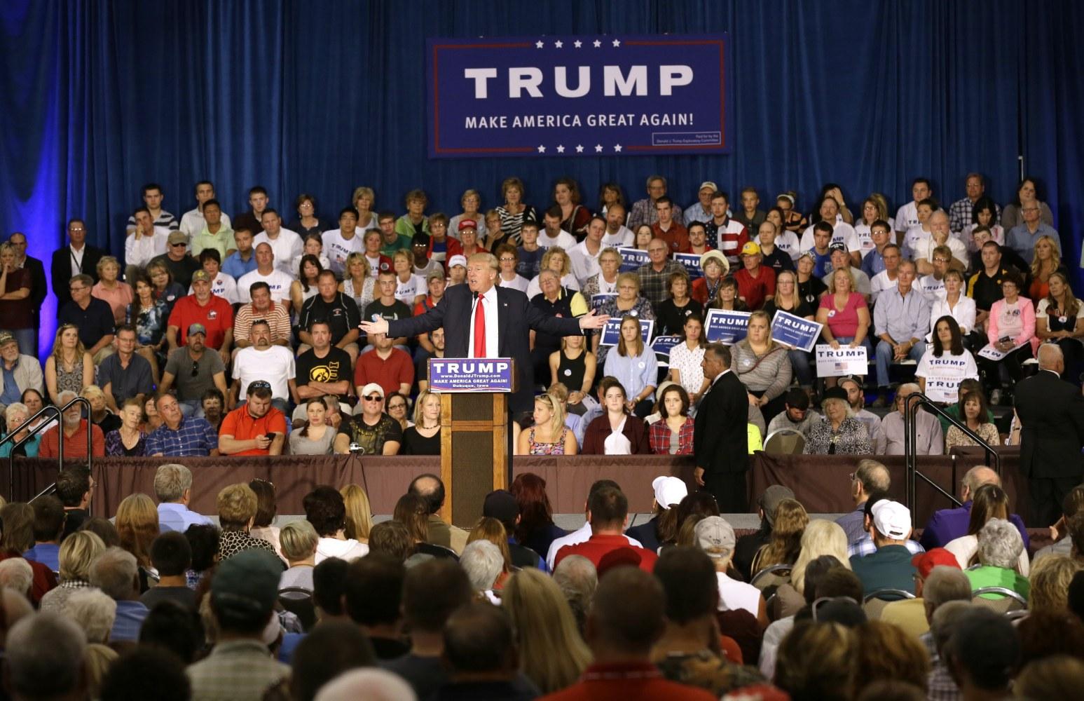 'Summer of Trump': The Donald Jabs Bush, Rubio at Iowa ...