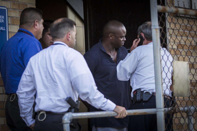 "UPDATE: Texas Cop Killer Arrested ""SHANNON J MILES"" – Harris County"