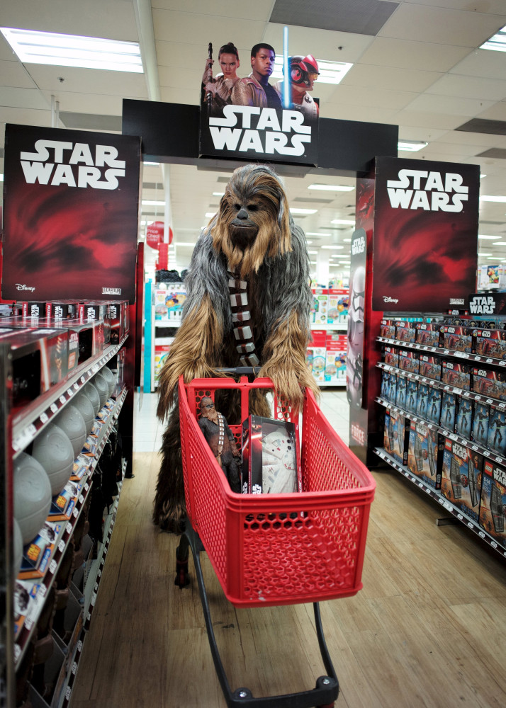 39 star wars 39 fans hit the stores for 39 the force awakens 39 toys nbc news. Black Bedroom Furniture Sets. Home Design Ideas