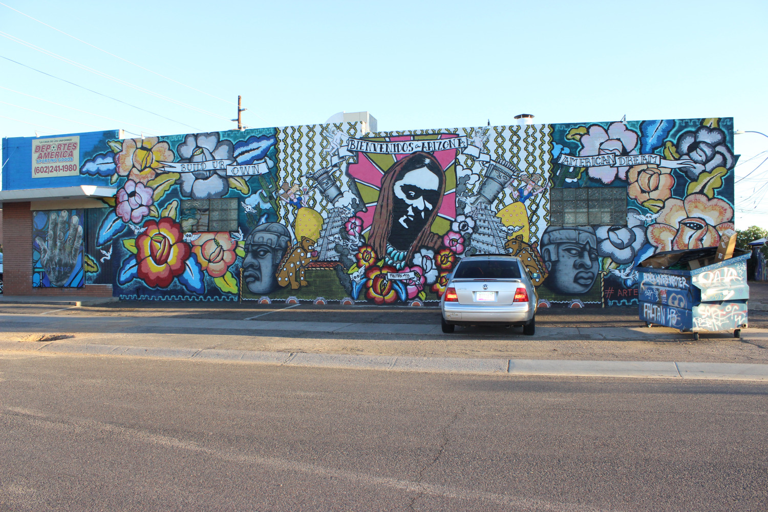 phoenix murals turn immigration controversy into latino. Black Bedroom Furniture Sets. Home Design Ideas