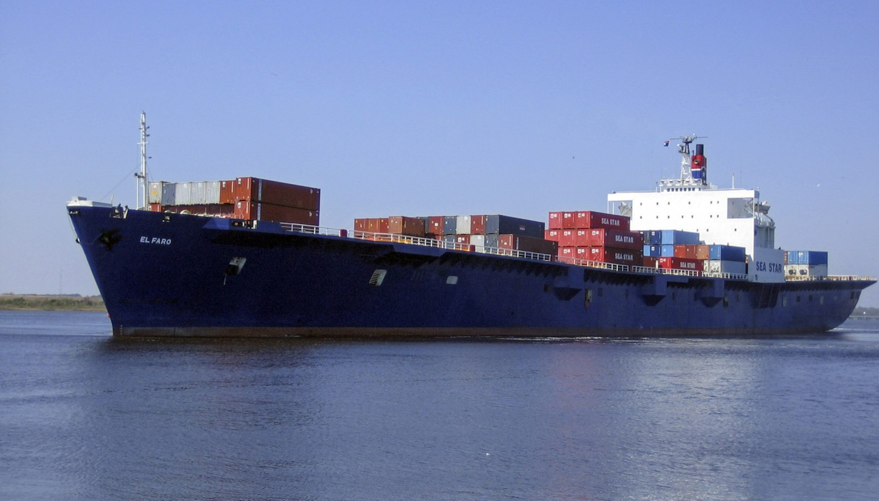 El Faro, Cargo Ship Carrying 28 Americans, Believed to ...