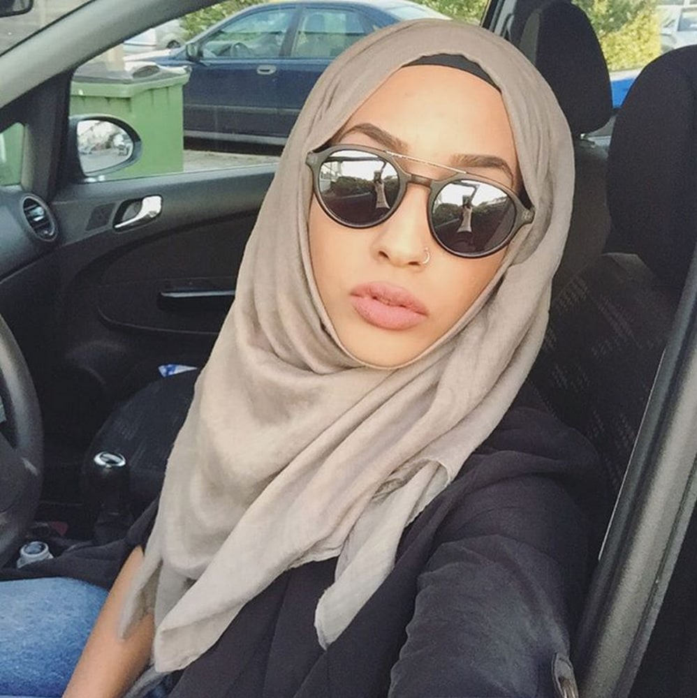 This H Amp M Model Is On A Mission To Wear Her Hijab In Style