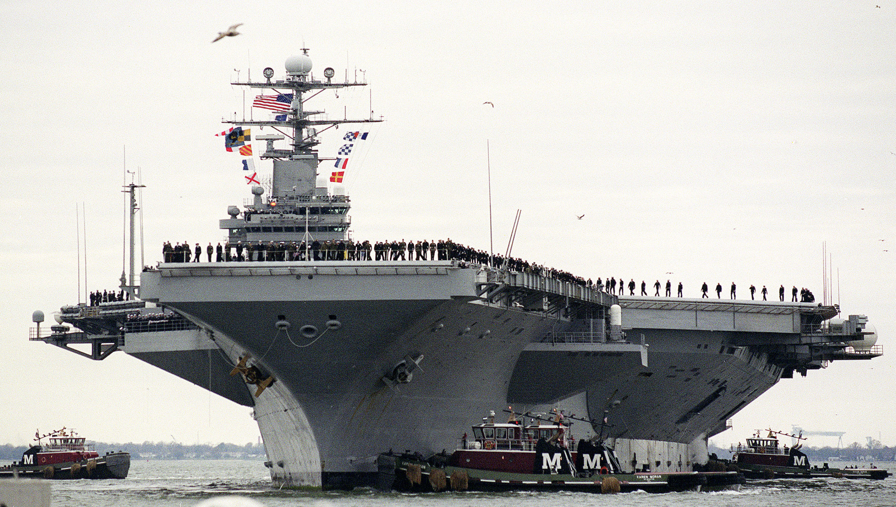 As Russia Bombs Syria, U.S. Pulls Aircraft Carrier Out of ...