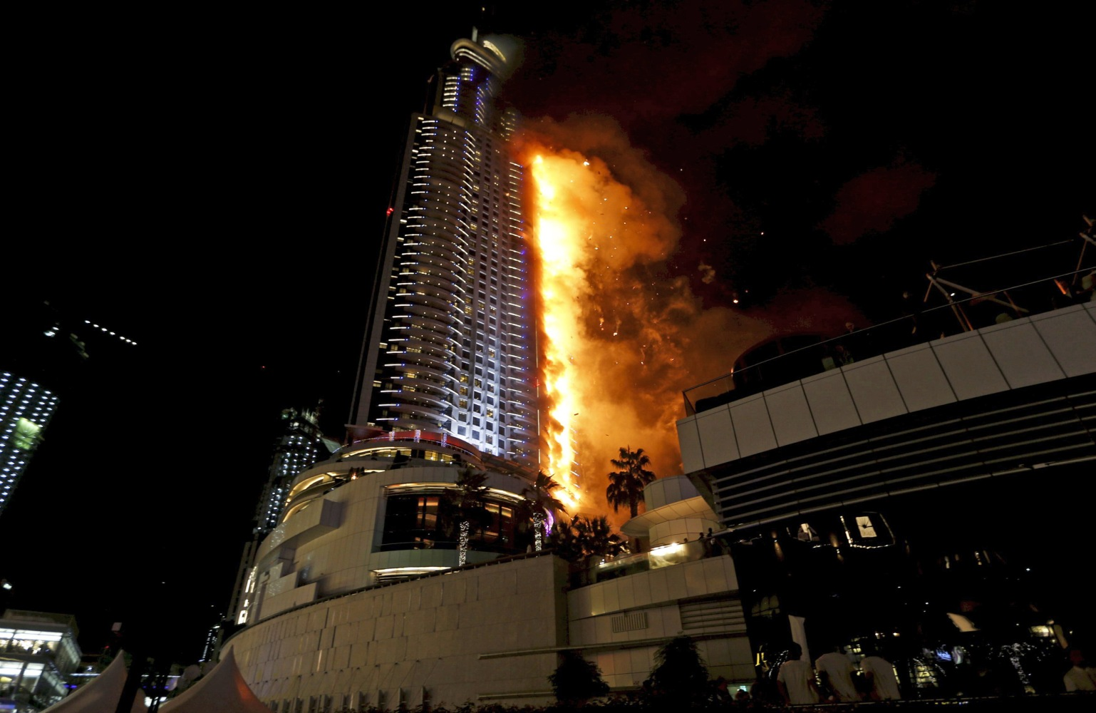Dubai investigates luxury hotel skyscraper fire near burj for List of hotels in dubai with contact details